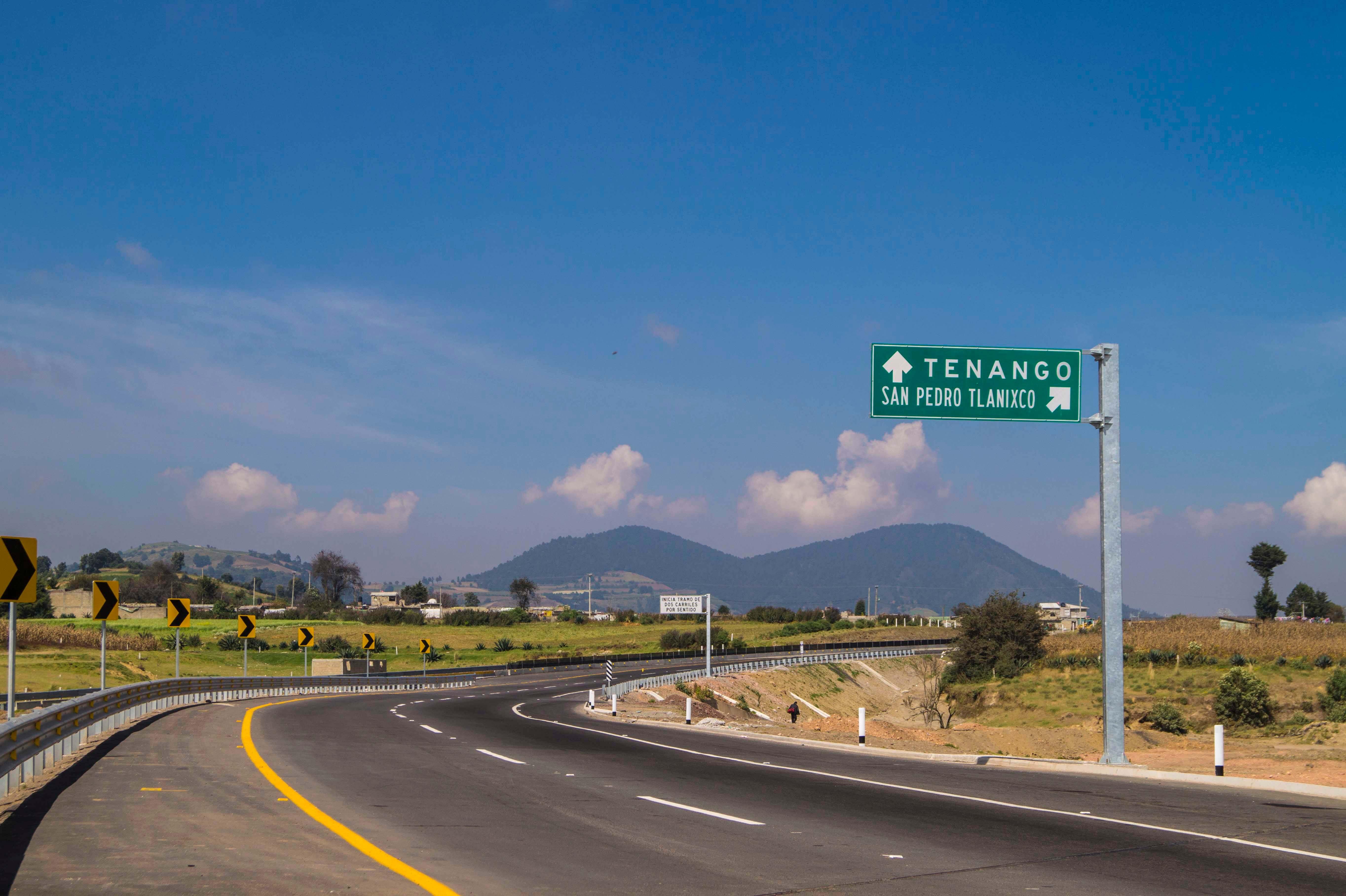 Mejoran carretera Tenango-Ixtapan de la Sal