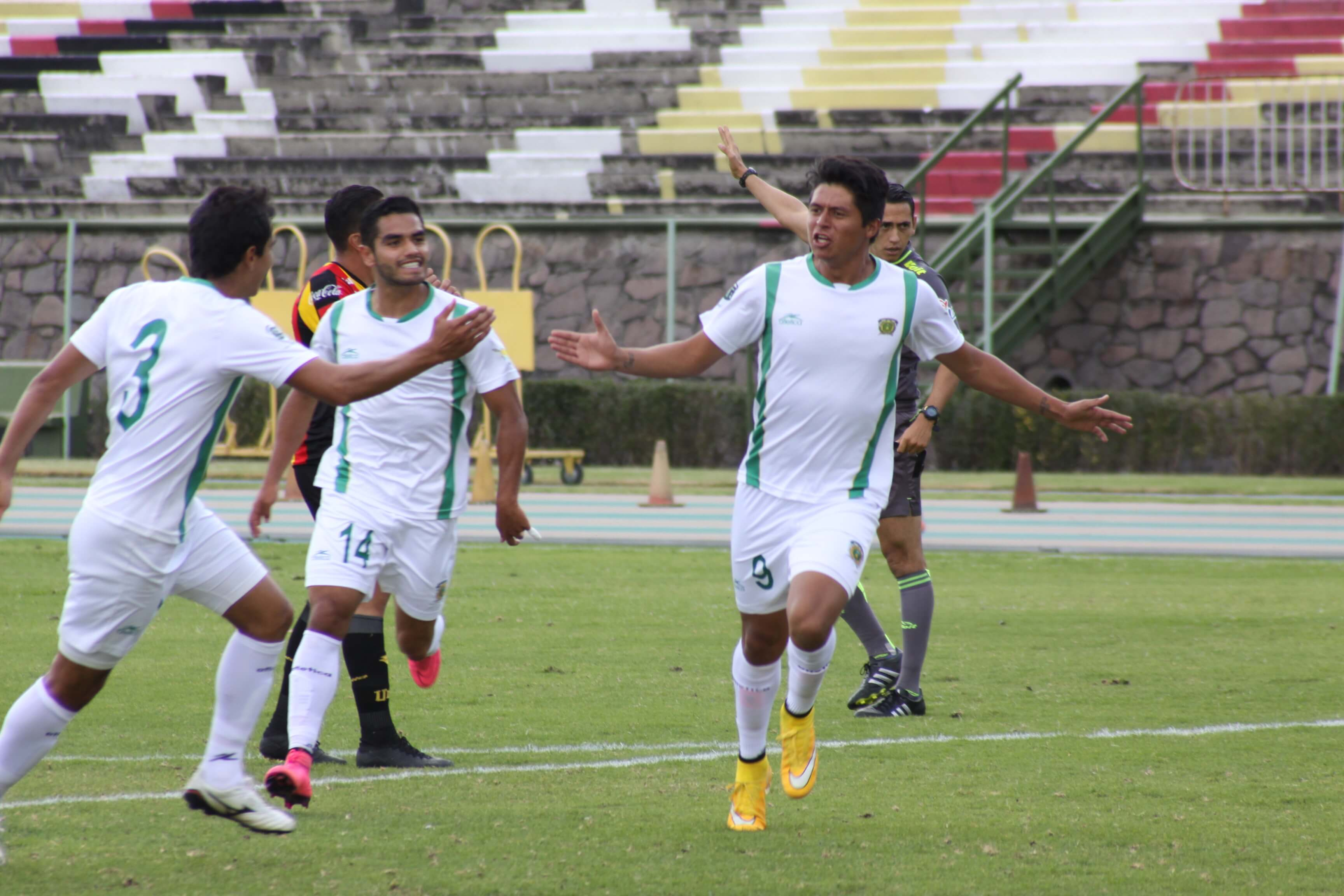 Dante Osorio, de Potros UAEM, líder de goleo