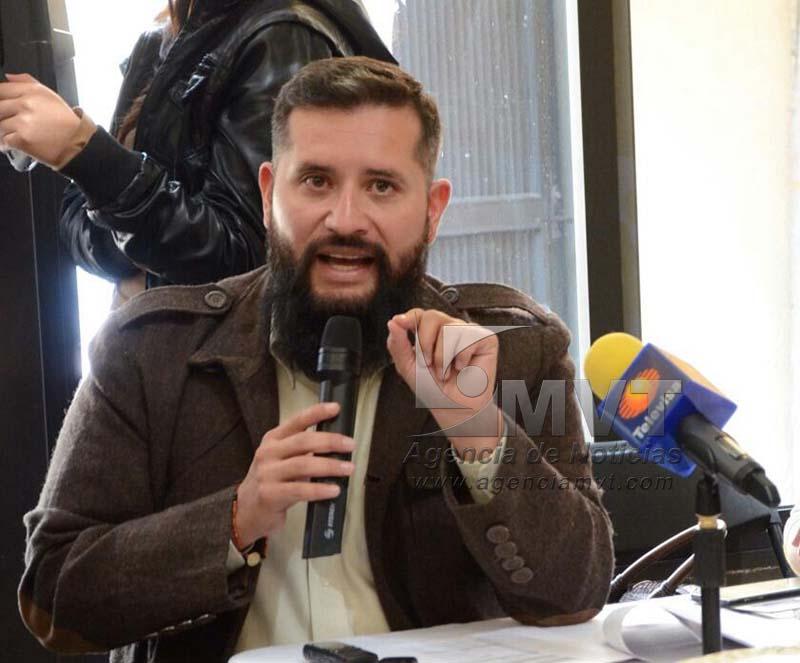 Gabriel Medina Peralta puso a consideración en Cabildo exhorto al alza de transporte público en Toluca