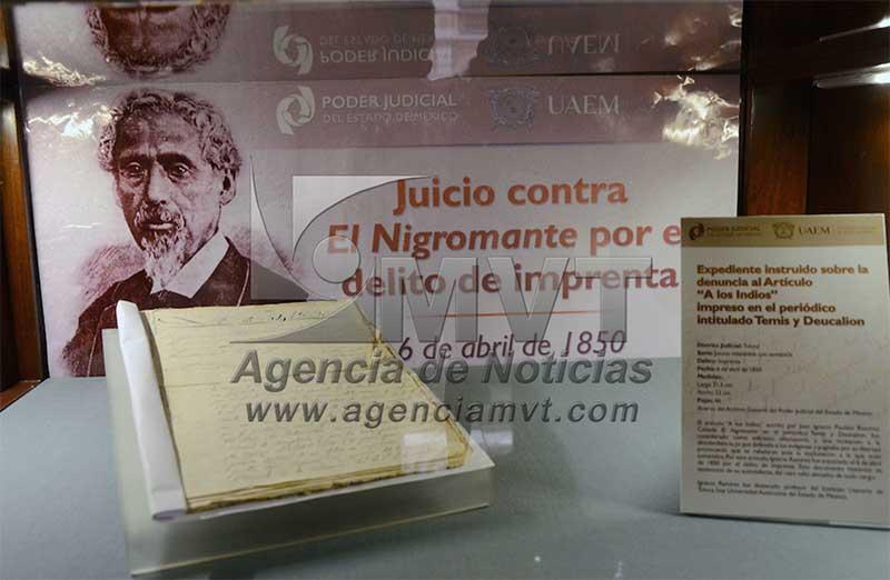 """Exhiben en UAEM documento original del juicio contra """"El Nigromante"""""""