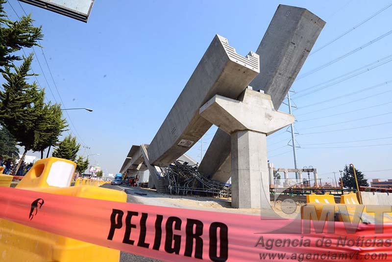 """Cae """"ballena"""" en obras del Tren Interurbano México-Toluca"""