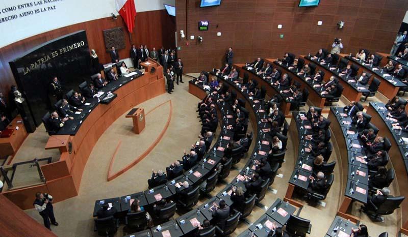 Aprueban plan de austeridad en el Senado