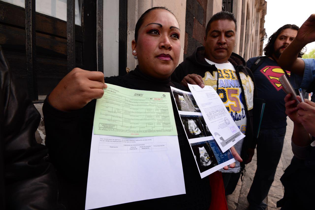 Aseguran que mueren bebés y madres de manera inexplicable en el hospital Mónica Pretelini