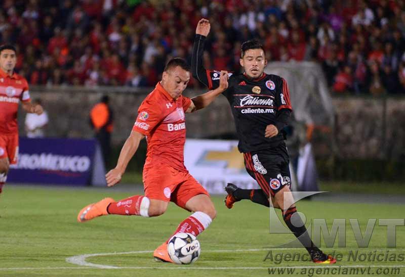 Toluca sufrió pero avanzó en la Copa MX