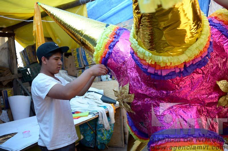 Vivirá Acolman Feria y Concurso de Piñatas