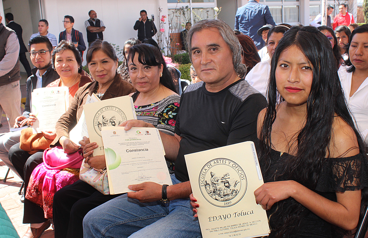 Cientos de jóvenes becados se profesionalizan en EDAYO Toluca