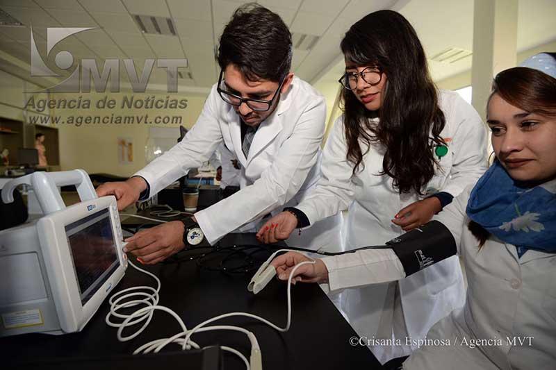Dotan a Estudiantes de Bioingeniería Médica de la UAEM con Laboratorios de Alta Tecnología