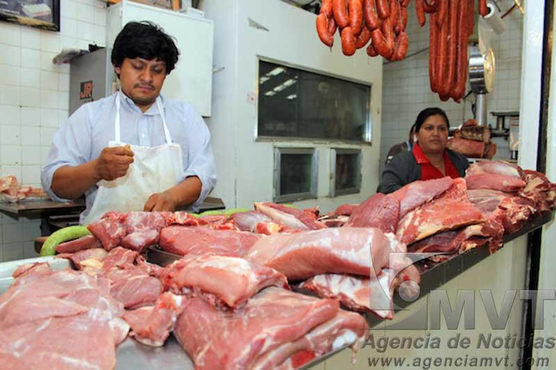 El regreso a clases impacta en las ventas de carne de res y cerdo