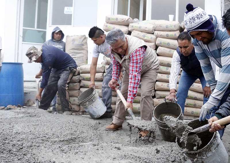 Con faenas comunitarias cifra histórica de obras en Toluca