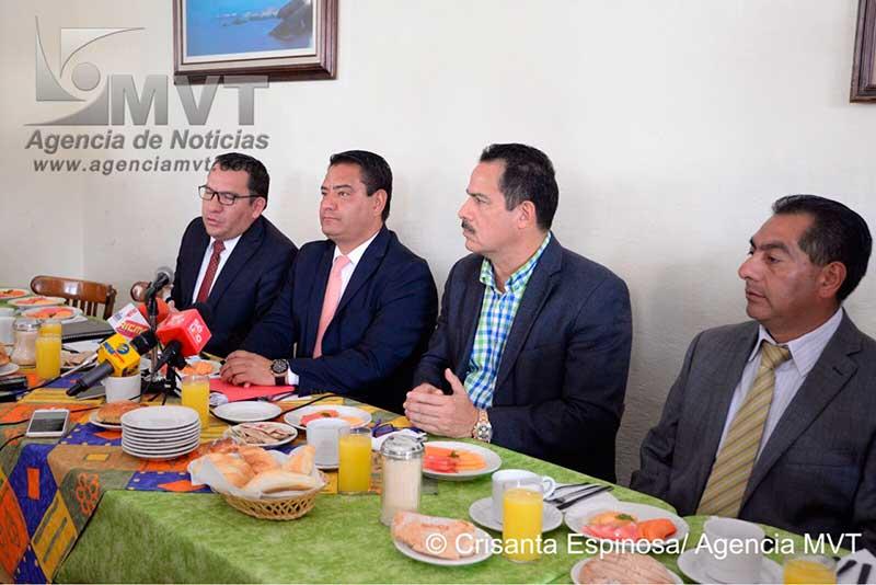 Tribunales administrativos amparan a políticos delincuentes, acusa Neri Rodríguez