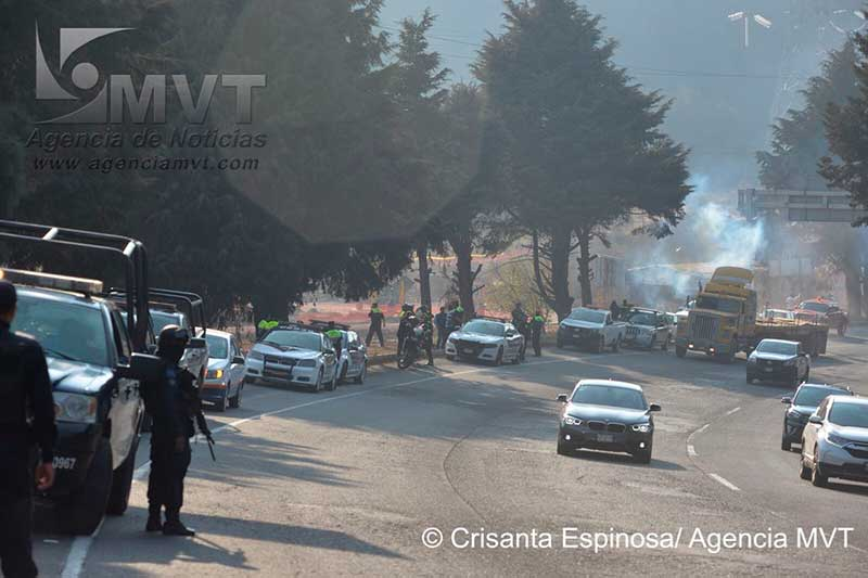 Enfrentamiento entre ejidatarios deja lesionados y maquinaria incendiada en Ocoyoacac