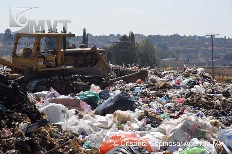 Contaminación y enfermedad genera relleno sanitario de Capulhuac, por abandono del ayuntamiento