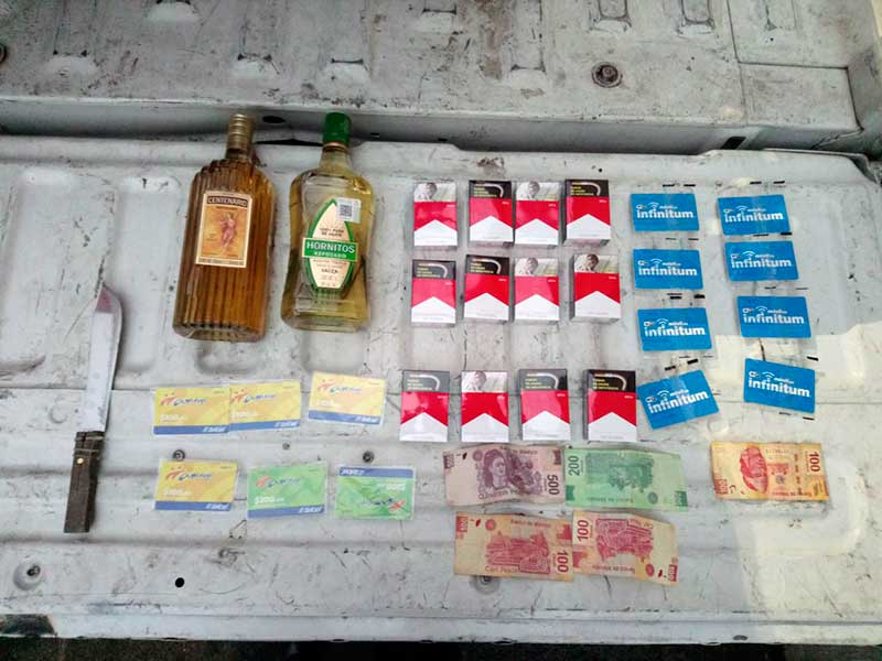 Atrapan en Zinacantepec sujeto que presuntamente asaltó en repetidas ocasiones tiendas OXXO