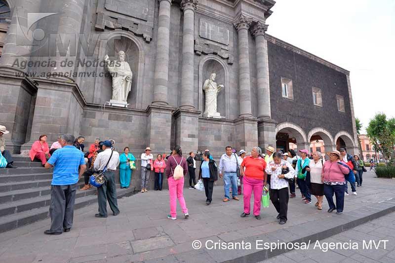 Exigen católicos reconstruir iglesias afectadas por sismo del 19 de septiembre