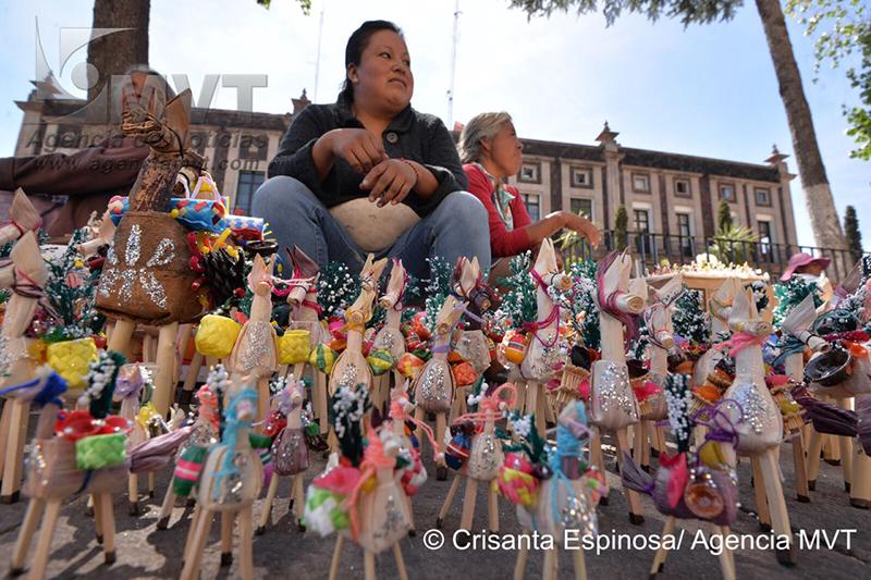 Ponen color a Corpus Christi en la capital mexiquense