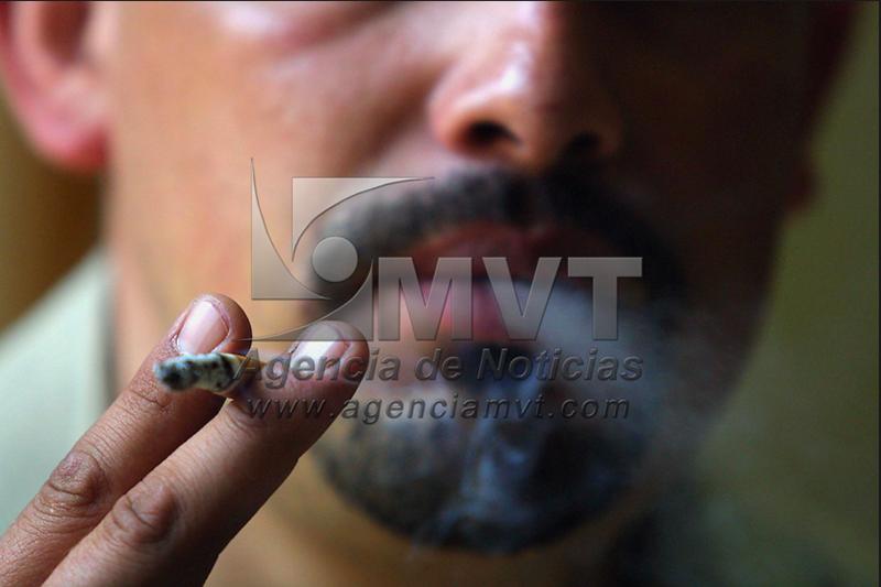 Fumadores con mayor riesgo de presentar complicaciones si enferman de Covid-19