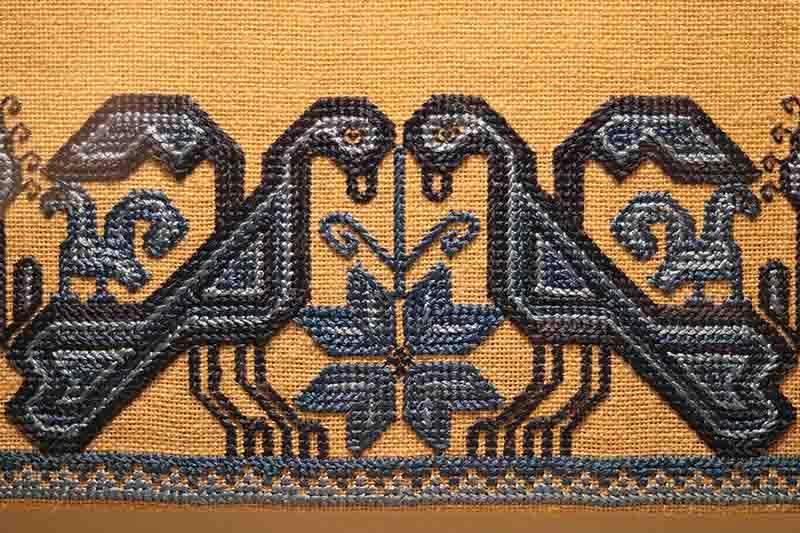 Muestran arte textil mazahua en Centro Cultural Mexiquense