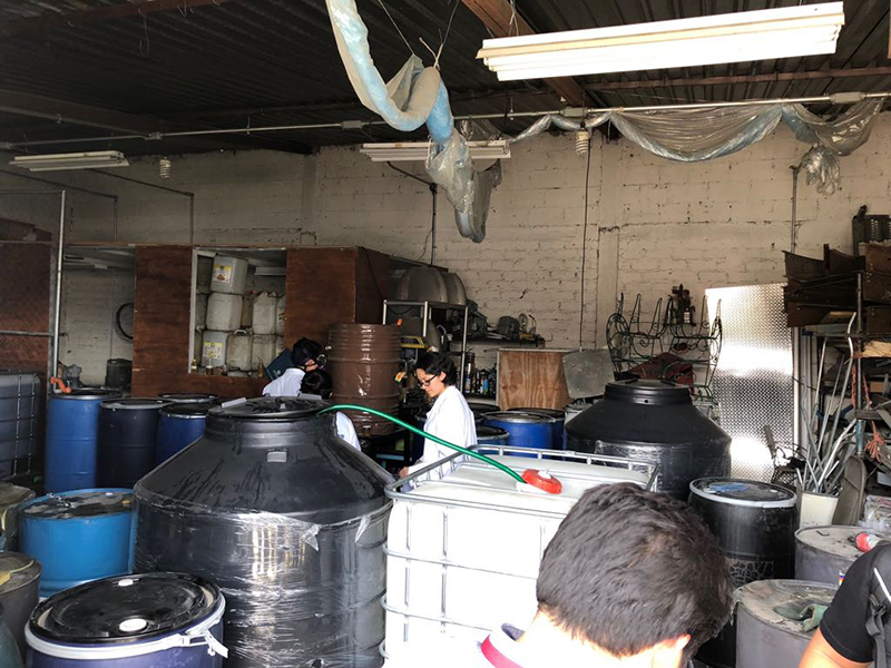 Encuentran hidrocarburo ilegal tras cateo en Metepec
