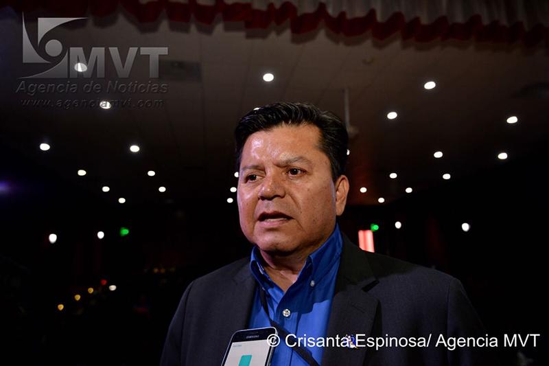 Científico de la NASA ofrece ponencia para jóvenes mexiquenses