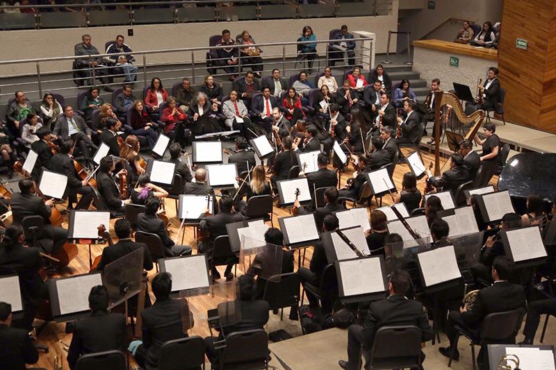 Interpreta Orquesta Sinfónica Mexiquense música típica colombiana