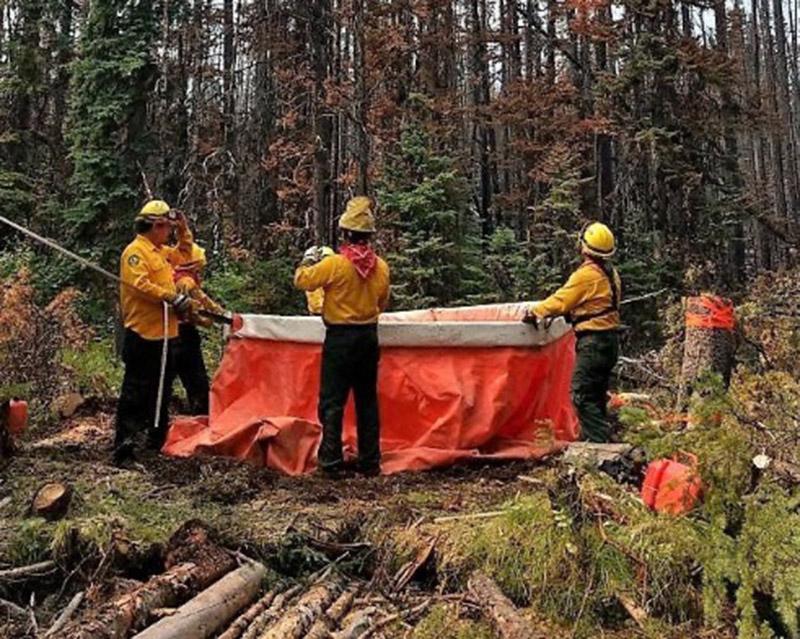 Integran dos mexiquenses contingente para combatir incendios en Canadá