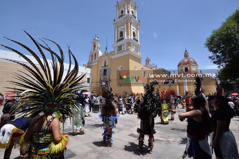 Veneran a Virgen del Carmen con danzas prehispánicas