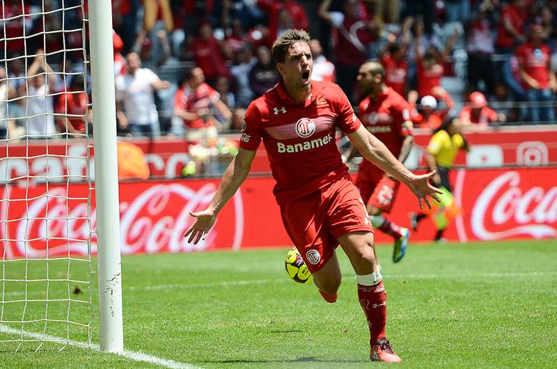 Deja Gabriel Hauche a los Diablos para ir al futbol colombiano