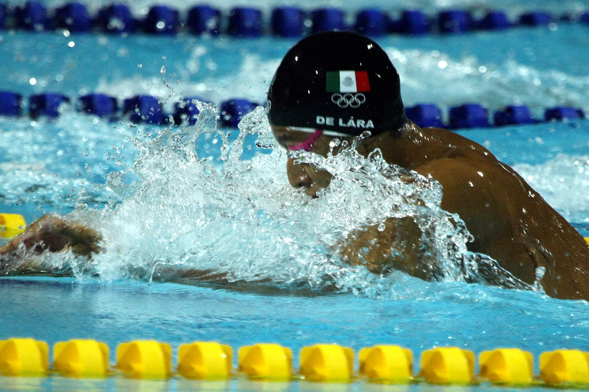 Suman nadadores mexiquenses 18 medallas en Centroamericanos