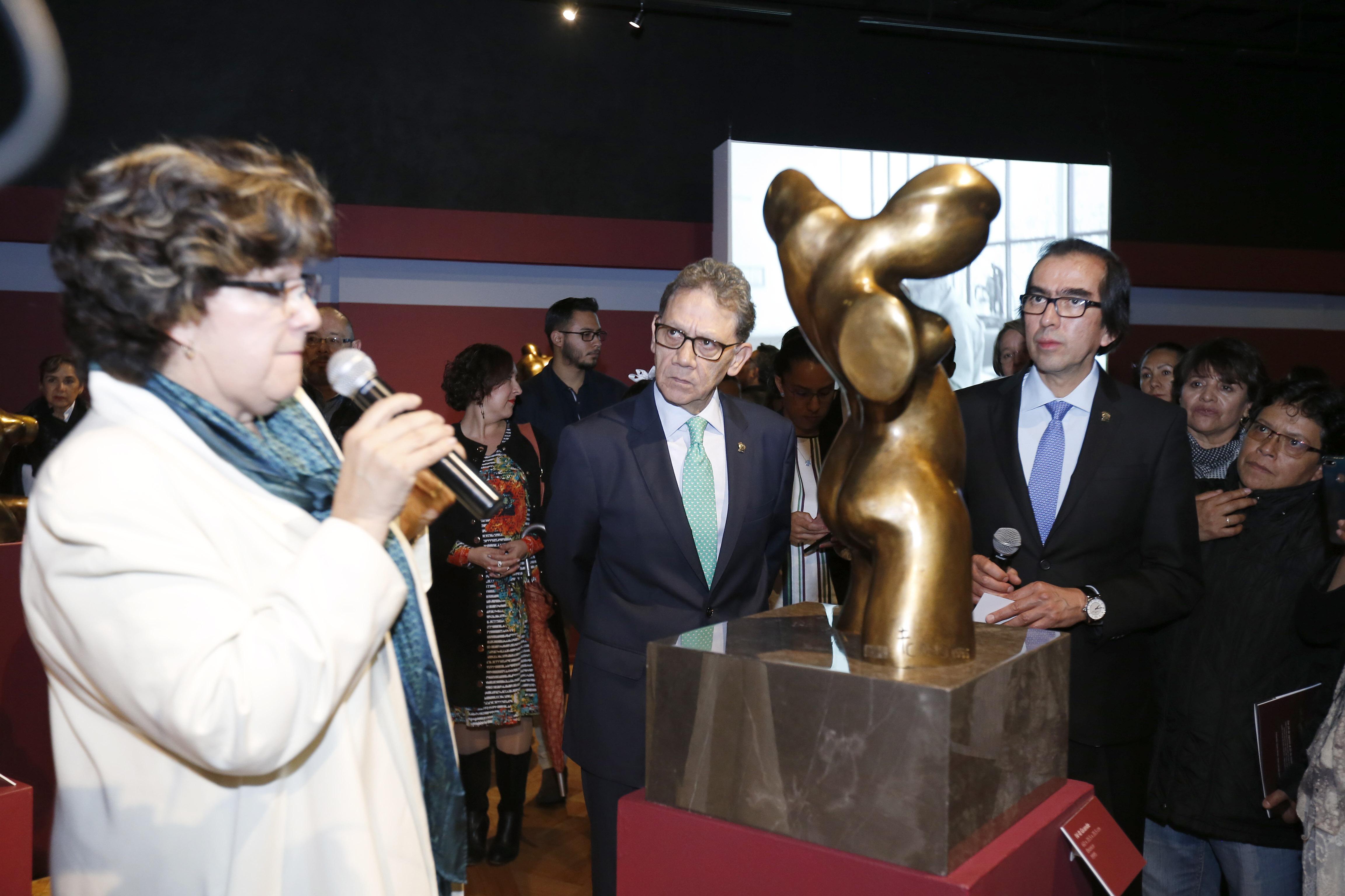 Inauguran exposición de Fernando Cano