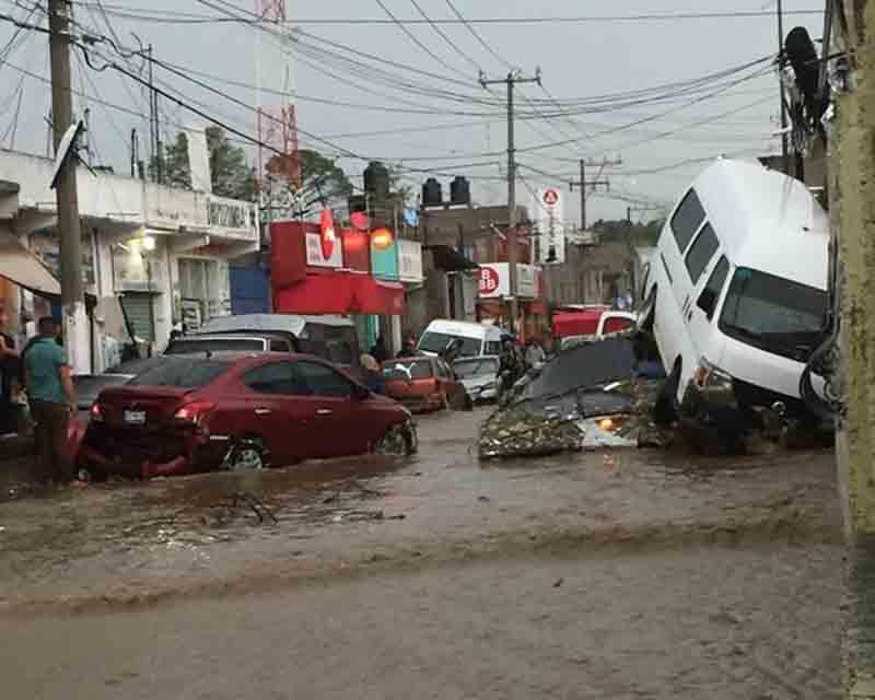 Dos personas perdieron la vida por las lluvias en Chimalhuacán