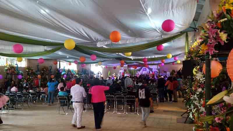 Cambian iglesia por auditorio para fiesta patronal en Lerma