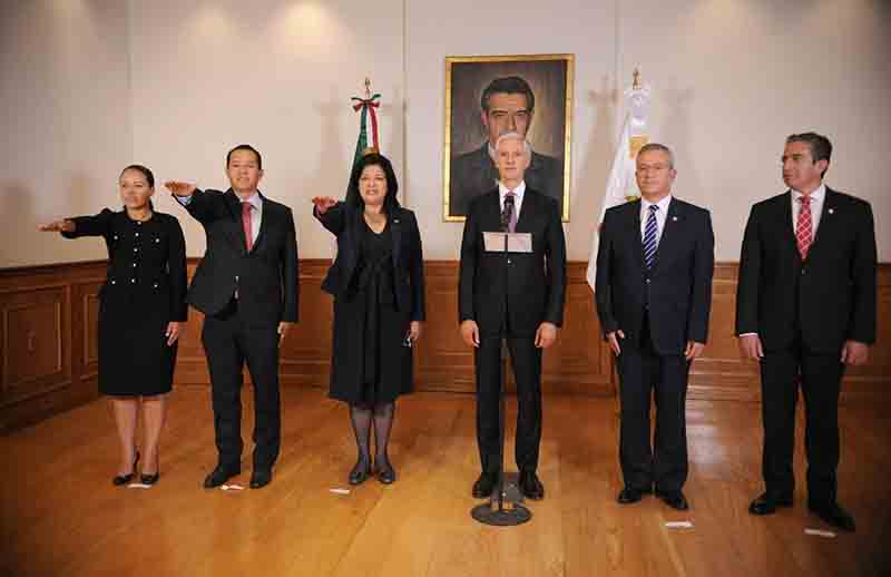 Anuncian cambios en gabinete mexiquense