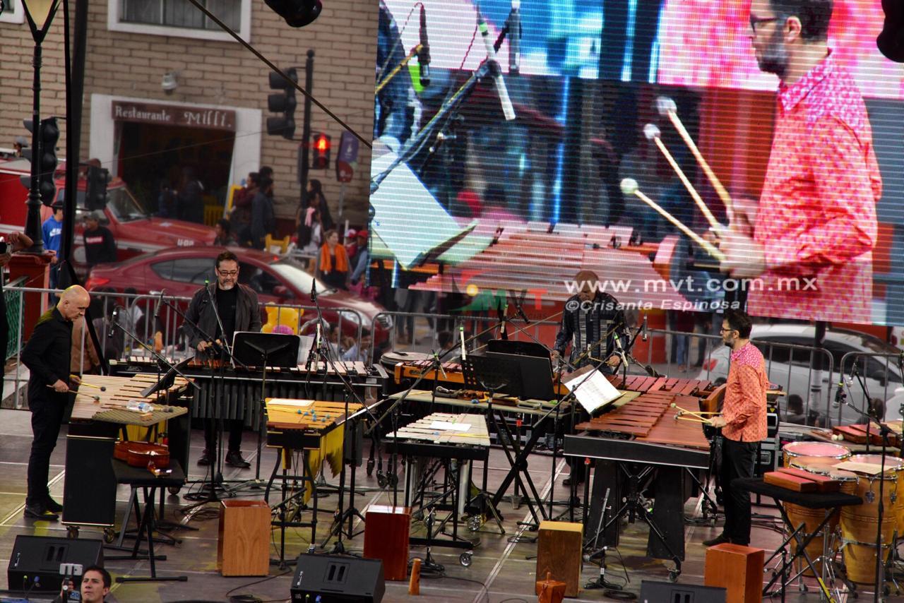 Celebra Tambuco 25 años de carrera en Quimera
