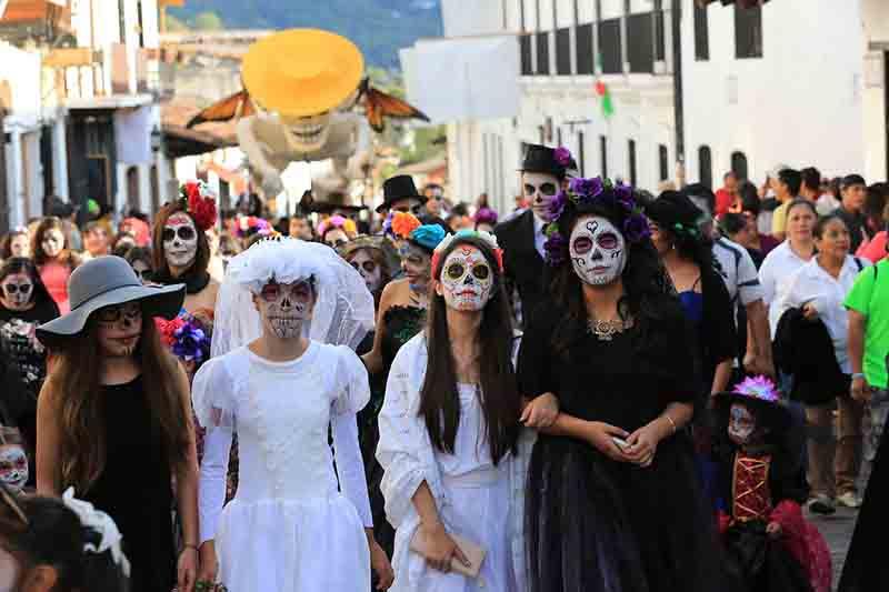 Llaman a desfile de Día de Muertos en las Almas