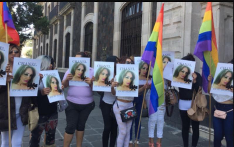 Denuncian homicidio de transexual en Toluca