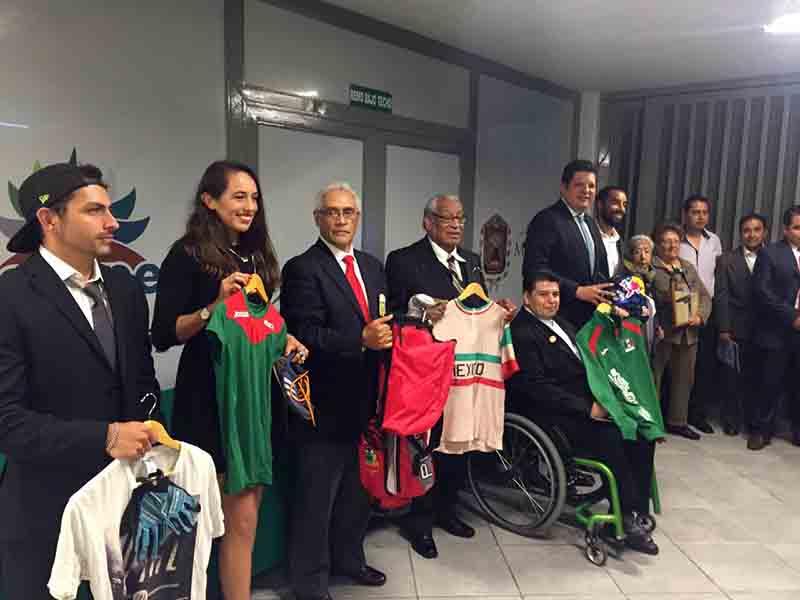 Brindan honores a deportistas metepequenses distinguidos