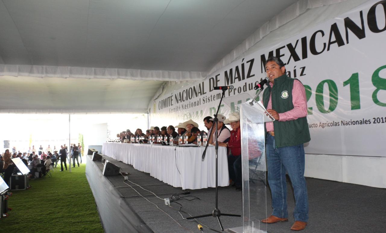 Participan más de 2 mil productores del país en el Foro Nacional del Maíz