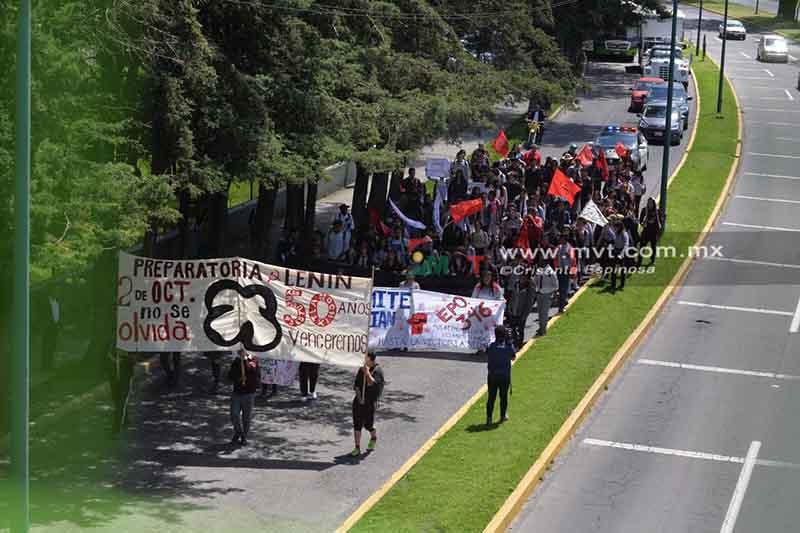 Tiene poca convocatoria marcha del 2 de octubre en Toluca