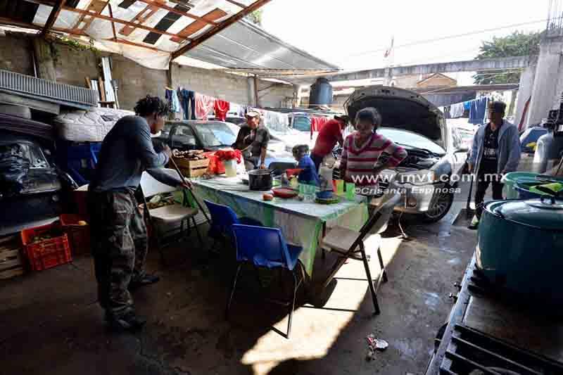 Preparan bienvenida a caravana migrante en Toluca