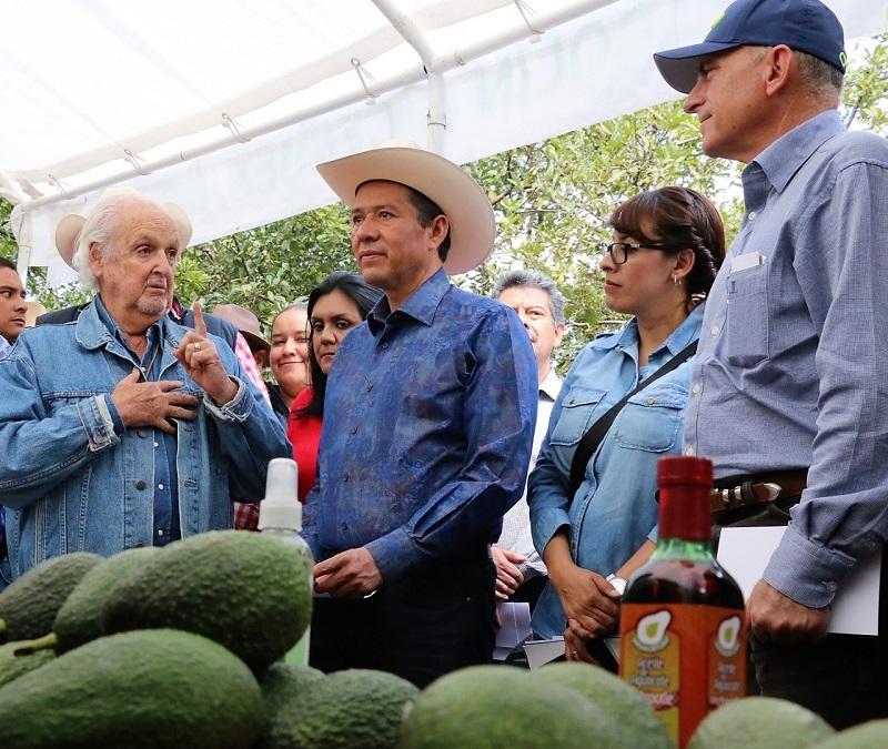Brinda gobierno federal apoyos a productores mexiquenses