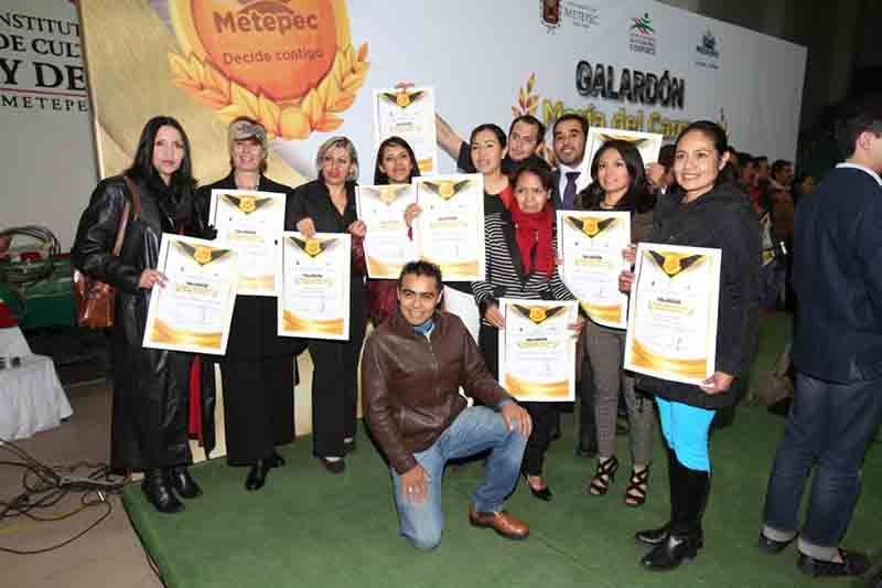 """Ortorgan galardón """"María del Carmen Peña"""" en Metepec"""