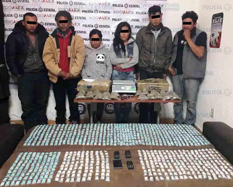 Siete detenidos en Tenería con 11 kg de hierba y 900 dosis de cristal