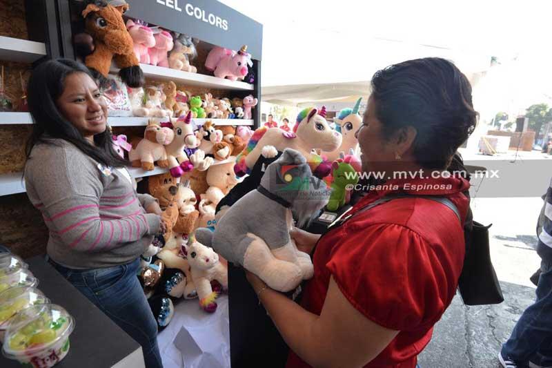 Da inicio la feria de fomento al consumo local en Toluca