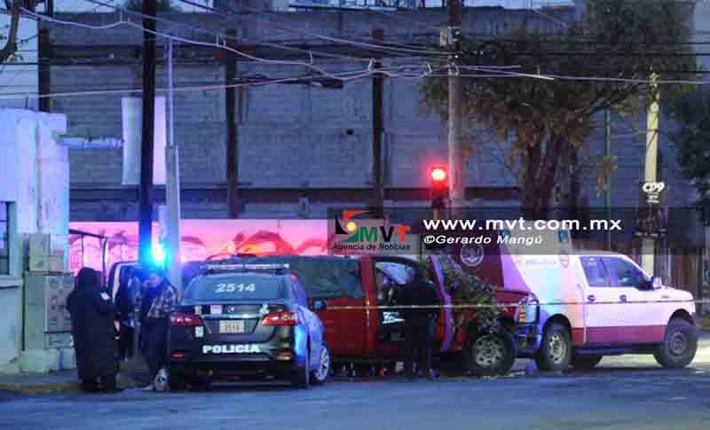 Agreden a balazos a conductor frente a la Secundaria 1 de Toluca