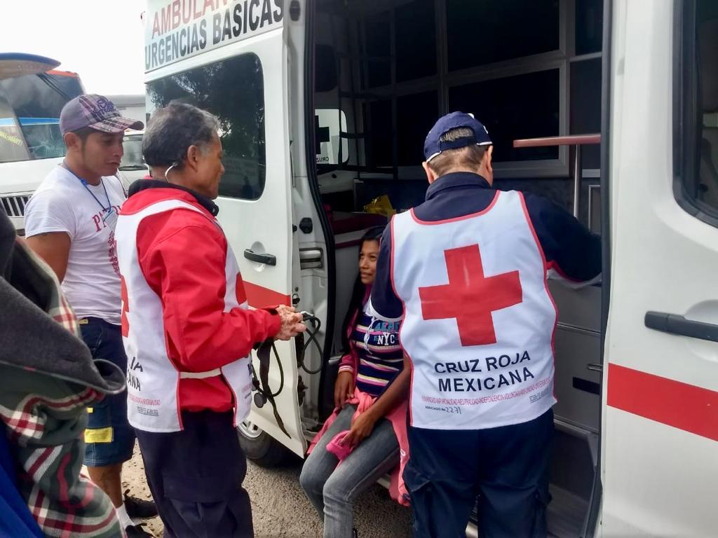 Cruz Roja Mexicana brinda apoyo a la caravana de migrantes en Tepotzotlán