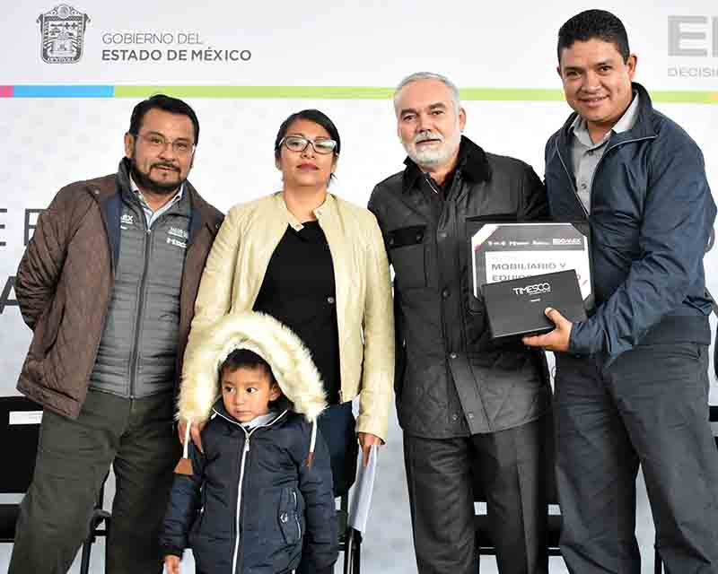 Inyectan 70 mdp a 230 Centros de Salud