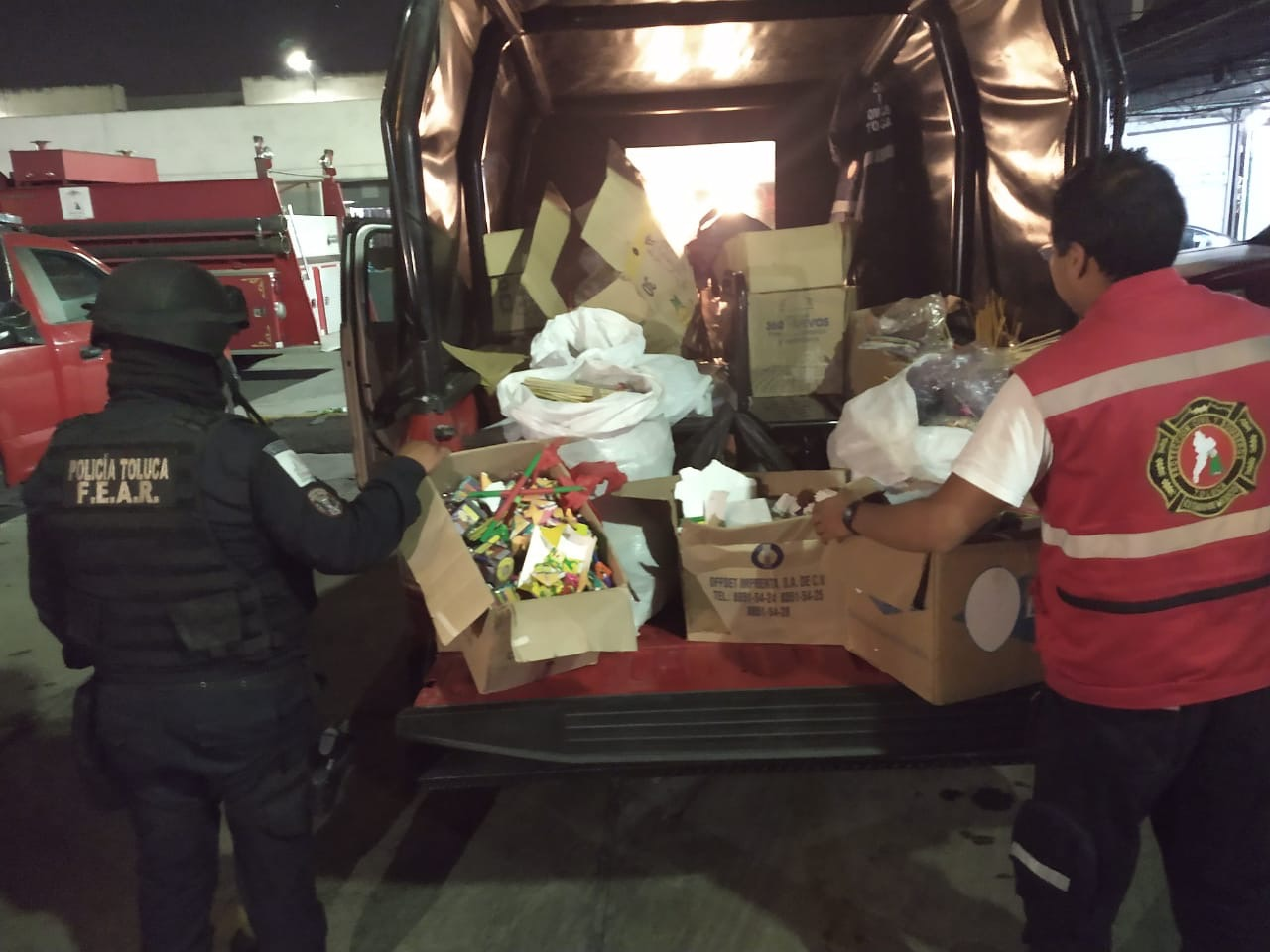 Decomisan autoridades municipales de Toluca 800 kilos de pirotecnia