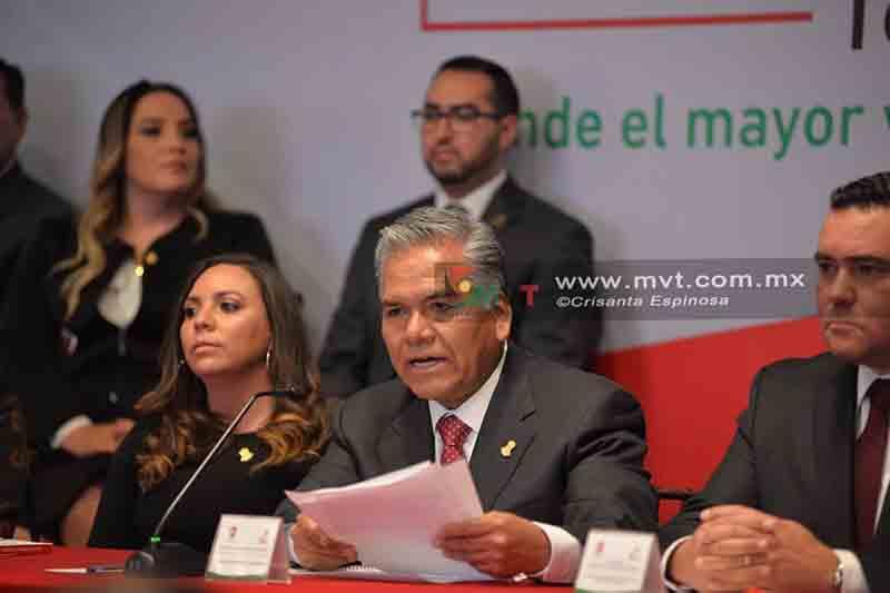 El alcalde de Toluca se da calificación de 8