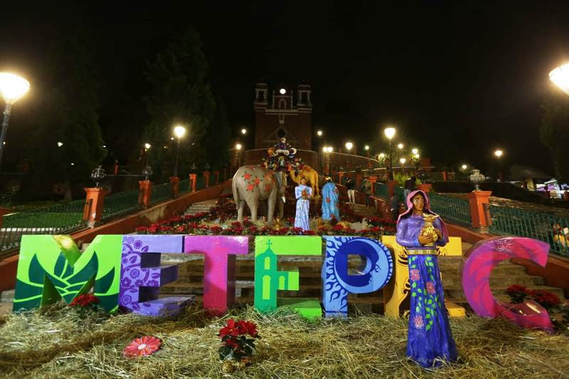 Instalan Nacimiento monumental en el corazón de Metepec