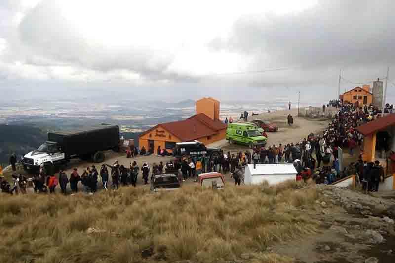 Arriban visitantes por miles al Nevado de Toluca